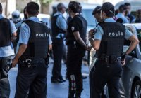 В Турции выданы ордеры на арест 300 военных