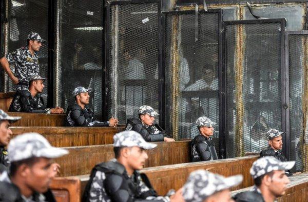 В Египте растет число смертных приговоров.