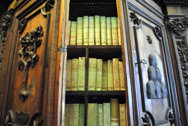 Ватикан откроет секретные архивы по Холокосту.