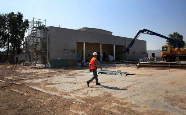 Строительство мечети завершается в Афинах.
