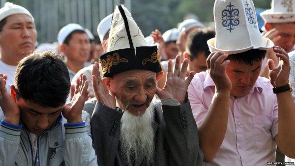 В Киргизии будут читать проповеди только на киргизском и русском языках.