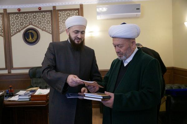 Муфтии Татарстана и Узбекистана на встрече в ДУМ РТ.