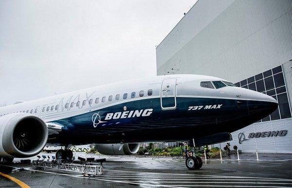 Десятки стран отказались от самолетов компании Boeing.