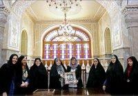 В Иране резко снизилась доля девочек, не посещающих школу