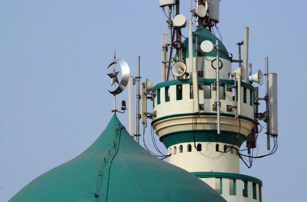 На минареты мечетей установят системы оповещения.