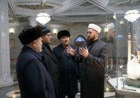 Представители муфтията Узбекистана посетили мечеть Кул Шариф