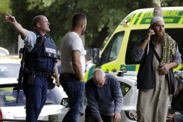 В Новой Зеландии продолжается расследование терактов в мечетях.