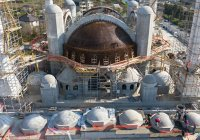 Иностранные журналисты выразили восхищение Соборной мечетью Крыма