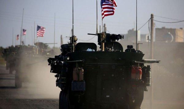В США опровергли намерение оставить в Сирии тысячу военных
