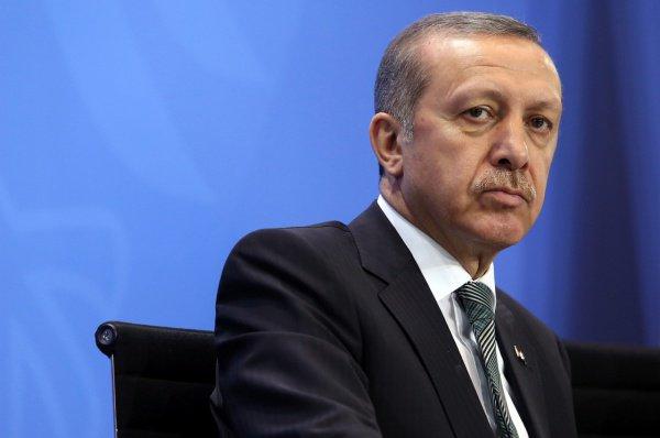 Президент Турции осудил заявление Трампа по Голанам.