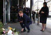 Принц Гарри почтил память погибших в Новой Зеландии мусульман