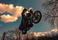 СМИ: в Японии создают летающие мотоциклы (ВИДЕО)