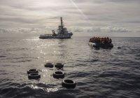 В Средиземном море мигранты захватили спасшее их судно