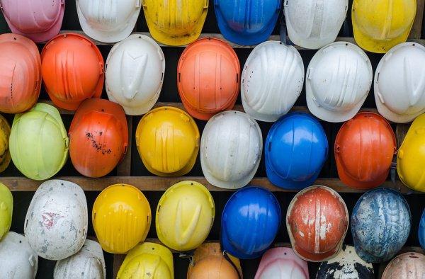 Спрос на сотрудников соответствующих областей превышает предложения