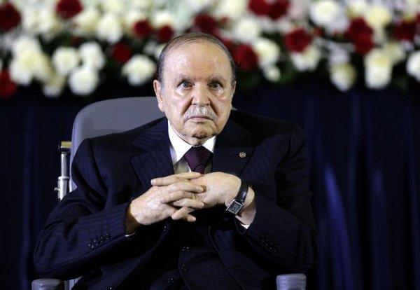 Абдельазиз Бутефлика ушел с поста президент Алжира.