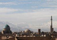 Россия и Армения приступили к доставке гумпомощи в Иран