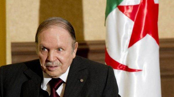 Конституционный совет Алжира объявил о вакансии на должность президента государства.