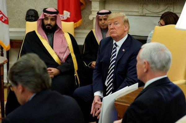 Президент США и саудовский кронпринц провели телефонные переговоры.