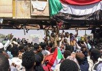 Управлять Суданом в переходный период будет военный совет