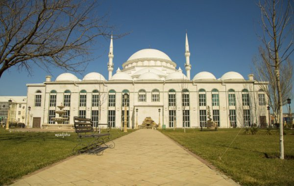 Махачкала: мечеть «Юсуф Бей Джами»