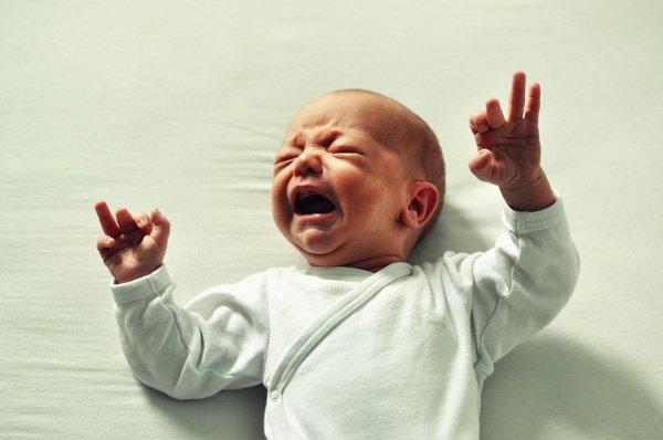 Подобный отрицательный «менеджмент эмоций» закладывает в ребенке все будущие фобии в отношении медицинской помощи