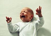 Волнение родителей влияет на то, как ребенок запоминает боль