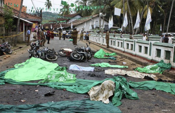 Серия терактов в Шри-Ланке.