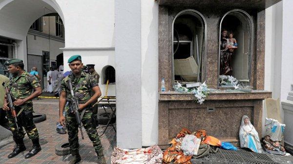 Режим ЧП вводится в Шри-Ланке с 23 апреля.