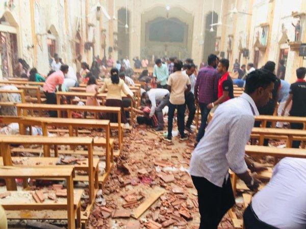 Власти Шри-Ланки связали теракты в стране с местью.