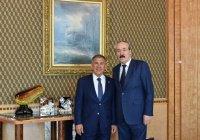 Минниханов встретился с постпредом РФ при ОИС Рамазаном Абдулатиповым
