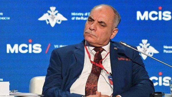 Махмуд Шава на конференции в Москве.