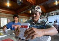 До 139 возросло число умерших организаторов выборов в Индонезии