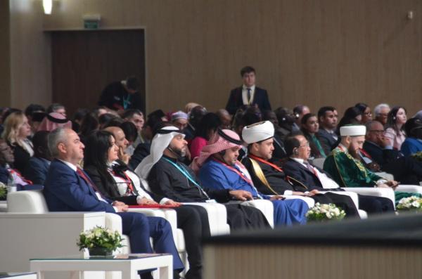 Пленарное заседание XI международного экономического саммита «Россия - Исламский мир: KazanSummit»