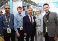 Минниханов встретился с молодыми предпринимателями стран ОИС
