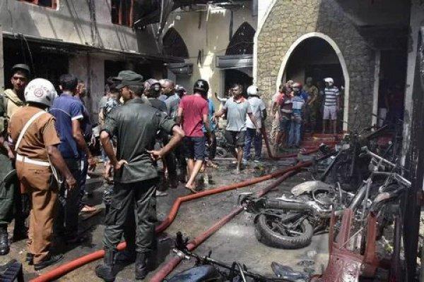 При взрывах в Шри-Ланке погибли граждане более десятка государств.