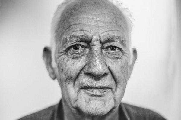 Работа мозга с возрастом полностью реорганизуется