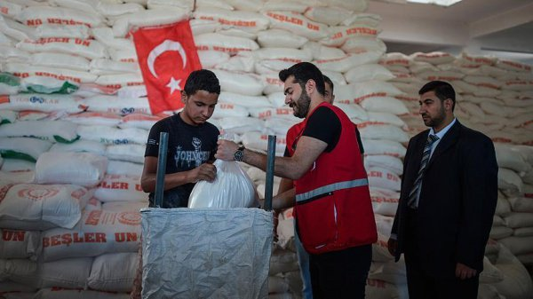 В Рамадан Турция активизирует благотворительную деятельность.