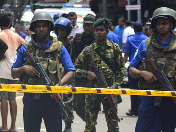 В Шри-Ланке продолжает действовать режим ЧП.