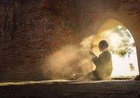 Обязательно ли нужно совершать хатм Корана в намазах-таравих?