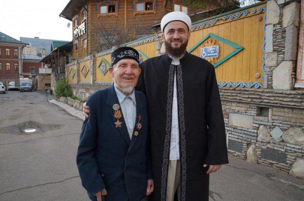 Муфтий поздравил ветеранов.
