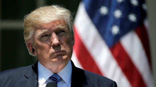 Дональд Трамп ввел новые санкции против Ирана.