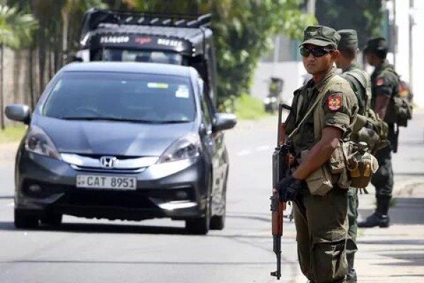 В Шри-Ланке продолжают действовать повышенные меры безопасности.