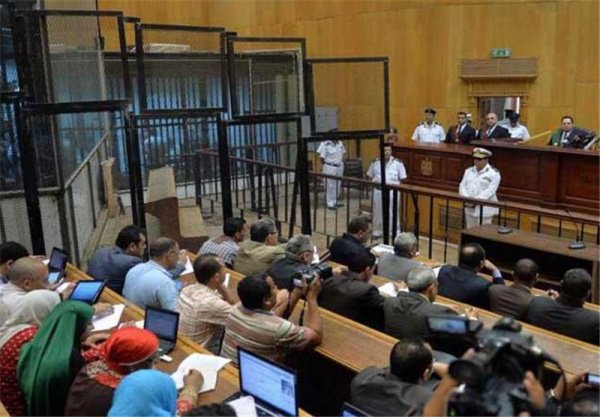 Египетский суд приговорил террористов к смертной казни.