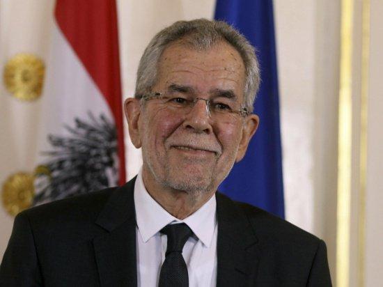 Александер Ван дер Беллен впервые посещает Россию в качестве президента Австрии.