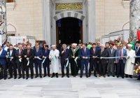Муфтий РТ встретился с имамом новой крупнейшей мечети Турции