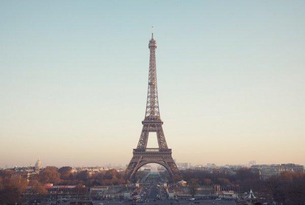 Теперь французское правительство берет курс на достижение показателя иностранных туристов в 100 млн. человек