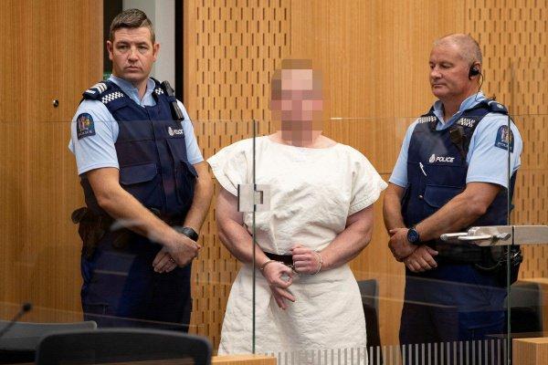 В Новой Зеландии продолжается расследования терактов в мечетях.