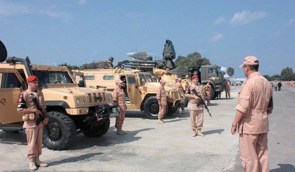 Российская военная полиция продолжает работу в Сирии.