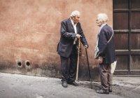 Обнаружена опасность резких колебаний веса у пожилых людей