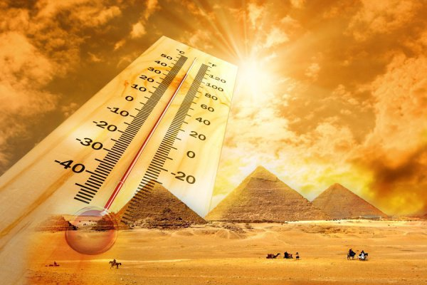 Рекордная жара установилась в Египте.